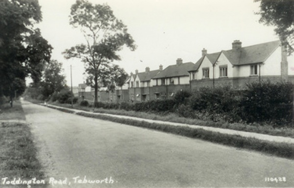 Toddington Road, Tebworth